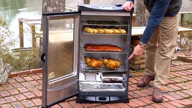 Preparing and Using an Electric Smoker