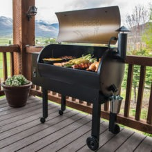 10 Best Traeger Smoker Reviewed: 2020 Guide