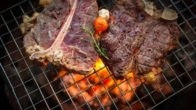 Best Beef to Smoke – The 7 Best Cuts & How to Cook them Perfectly!