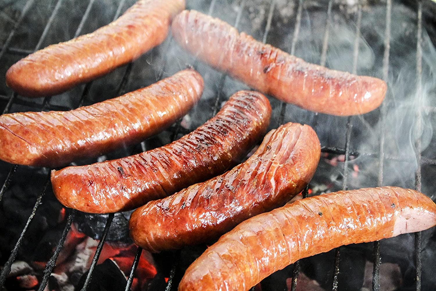 Preparing the sausages for the pellet smoker