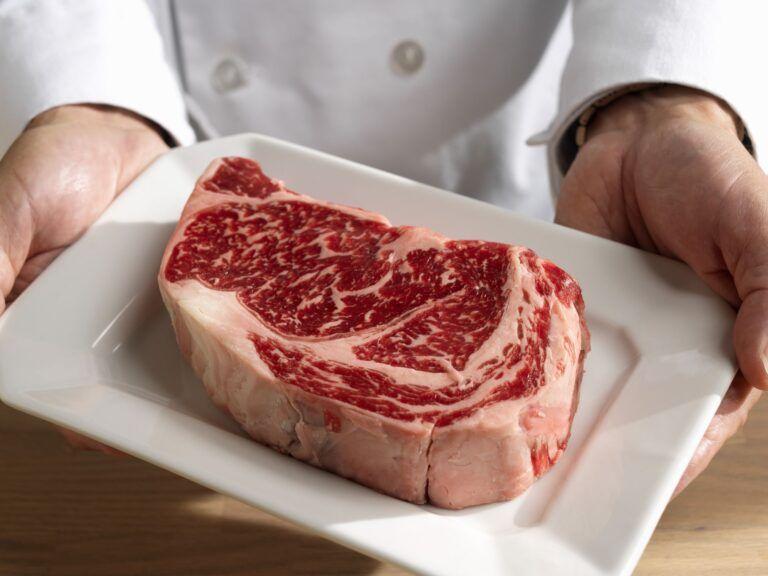 New York Strip vs Ribeye Steak